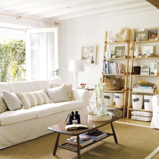 coastal style bedrooms simple home decoration. Black Bedroom Furniture Sets. Home Design Ideas